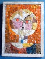 Mosaico raffigurante vaso con fiori